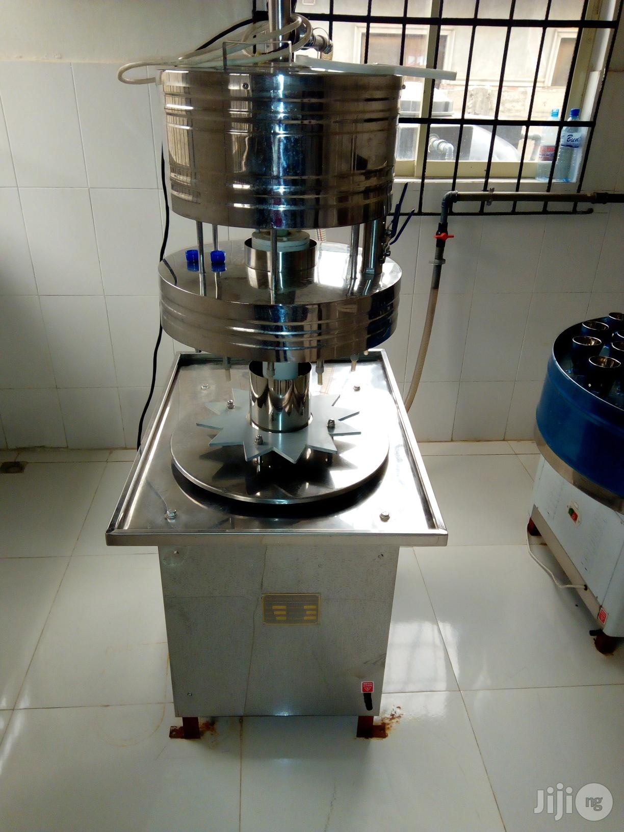 Semiauto Filler Machine | Manufacturing Equipment for sale in Ikeja, Lagos State, Nigeria