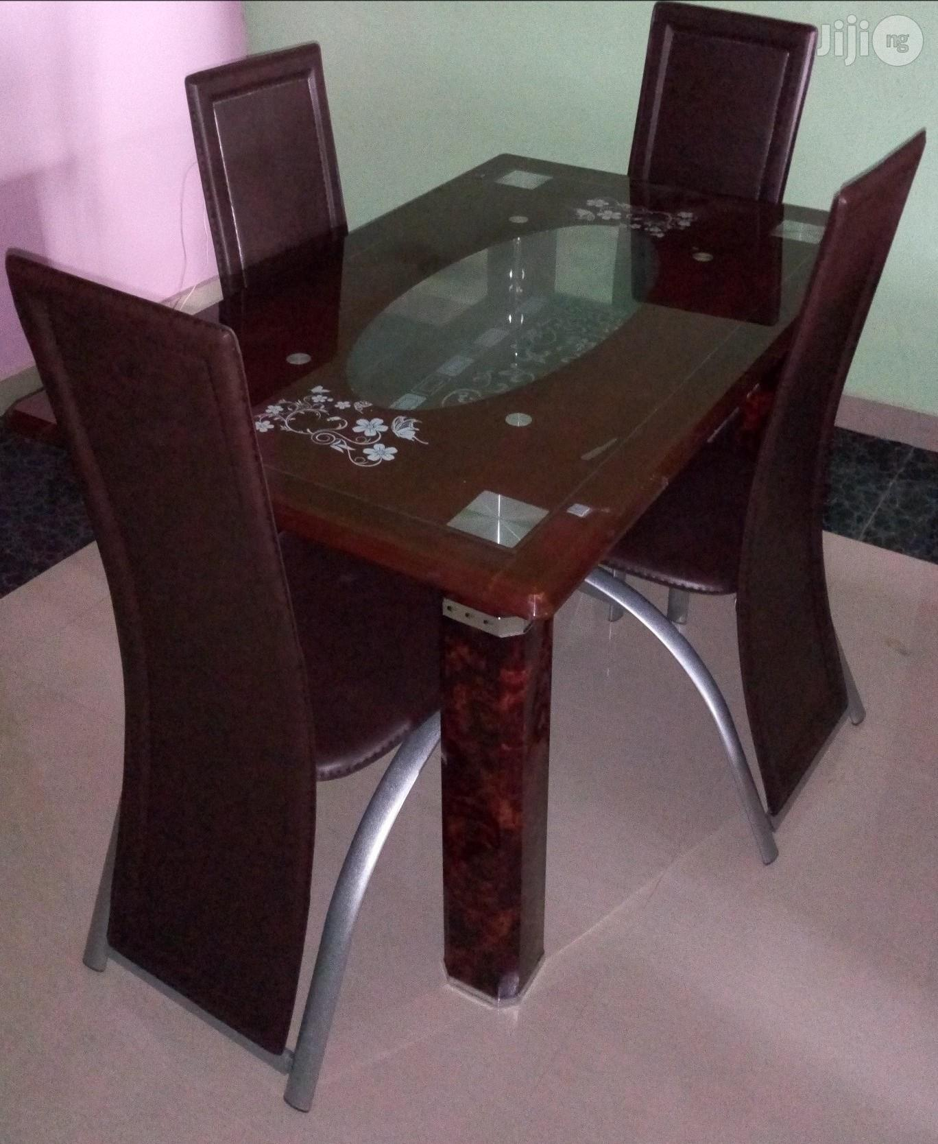 Imported Unique Quality 4 Seater Dining Table