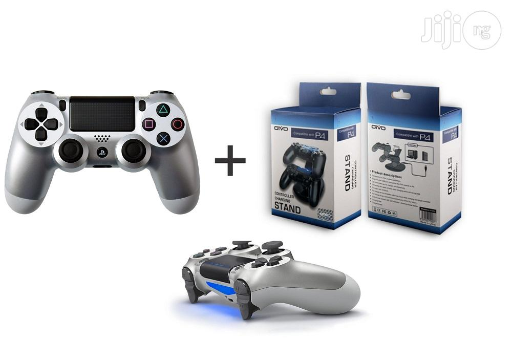 Sony PS4 Controller Silver +Daul Charger