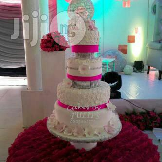 Archive: Pink And White Wedding Cake