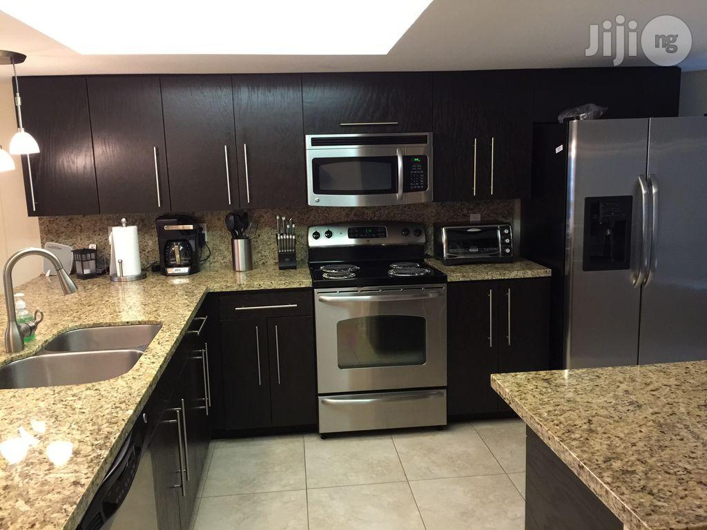 Kitchen Top Or Cabinet Marble | Furniture for sale in Gbagada, Lagos State, Nigeria