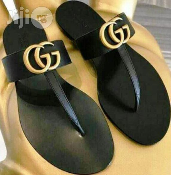 GUCCI Leather Black Slippers for Ladies