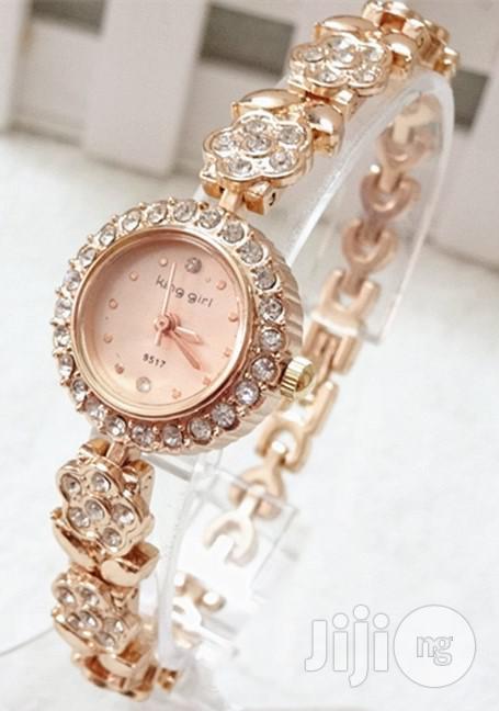 King Girl Women's Classic Studded Wrist Watch - Rose Gold