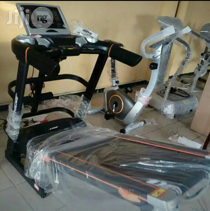 3HP Treadmill With Body Massager