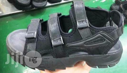 fila sandals disruptor black