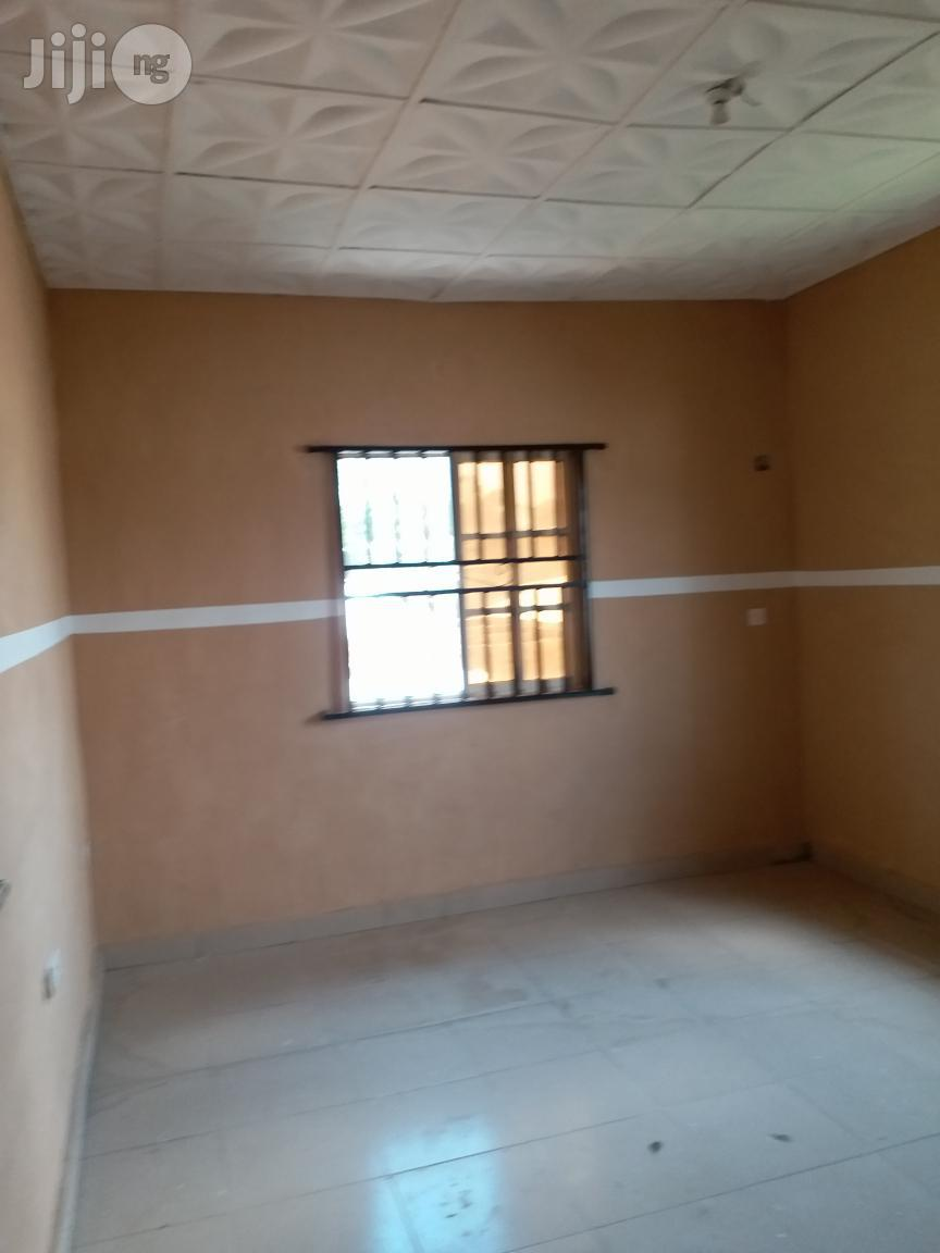 Very Clean 2 Bedroom Flat To Let Upstairs | Houses & Apartments For Rent for sale in Ikorodu, Lagos State, Nigeria