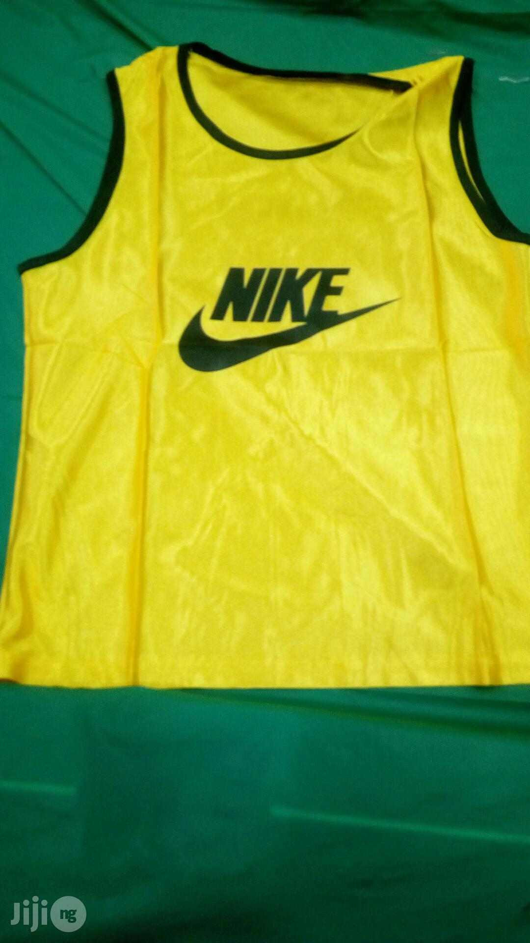 Archive: Football Bib Nike Training Bib X15
