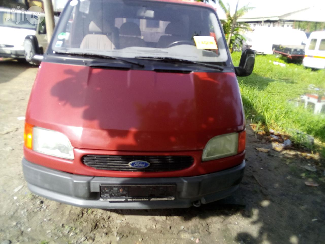Ford 2000 1999
