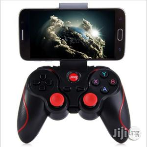 Wireless Bluetooth Gamepads Gaming Controller - Black   Accessories & Supplies for Electronics for sale in Lagos State