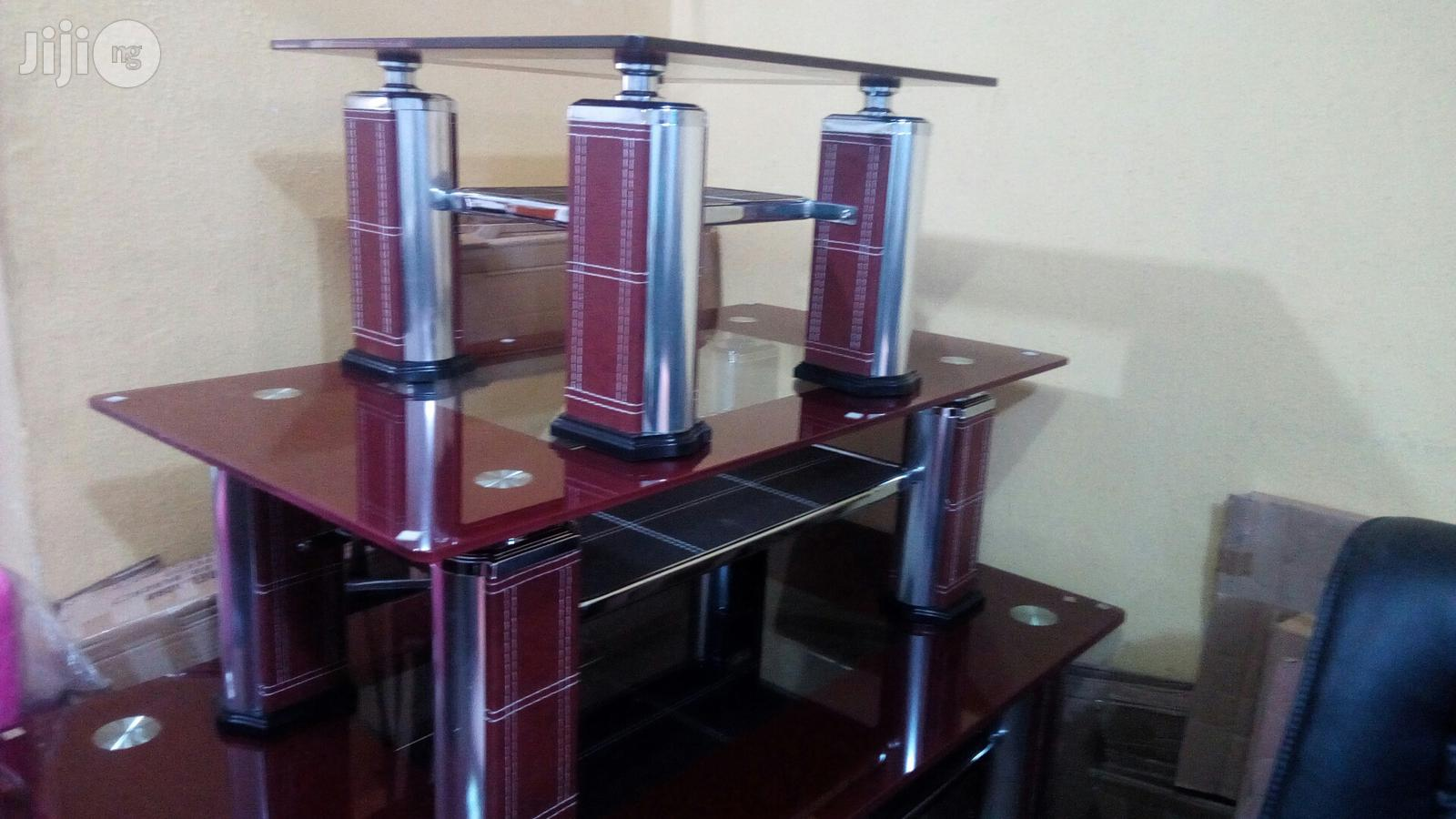 Center Table With Two Side Stools