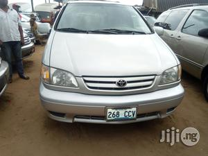 Toyota Sienna 2002 Silver   Cars for sale in Lagos State, Apapa