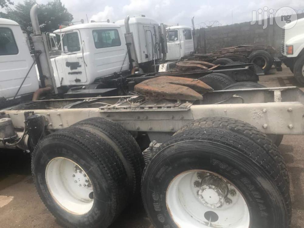 Tokunbo CH Series Mack Truck Head 1996 WHITE | Trucks & Trailers for sale in Amuwo-Odofin, Lagos State, Nigeria
