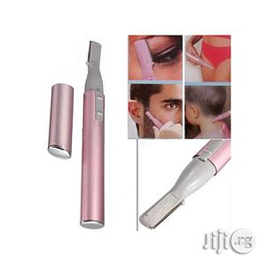 Electric Eyebrow, Body, Face Hair Trimmer With Free Battery | Tools & Accessories for sale in Lagos State, Lagos Island (Eko)