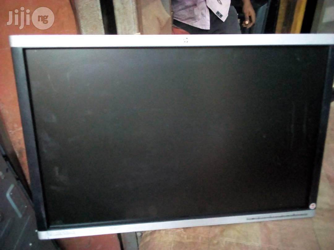 HP Tokunbo Monitor 22"