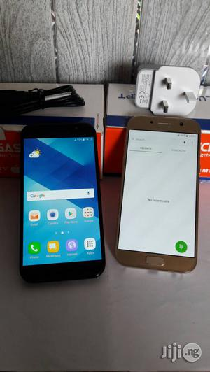 Samsung Galaxy A5 32 GB Gold   Mobile Phones for sale in Lagos State, Victoria Island