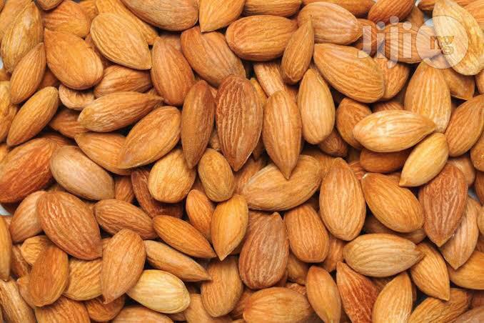 Raw Almond Organic Almond Nuts