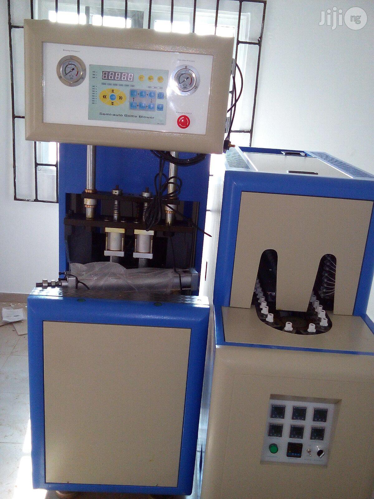Plastic Bottle Making Pet Blowing Machine