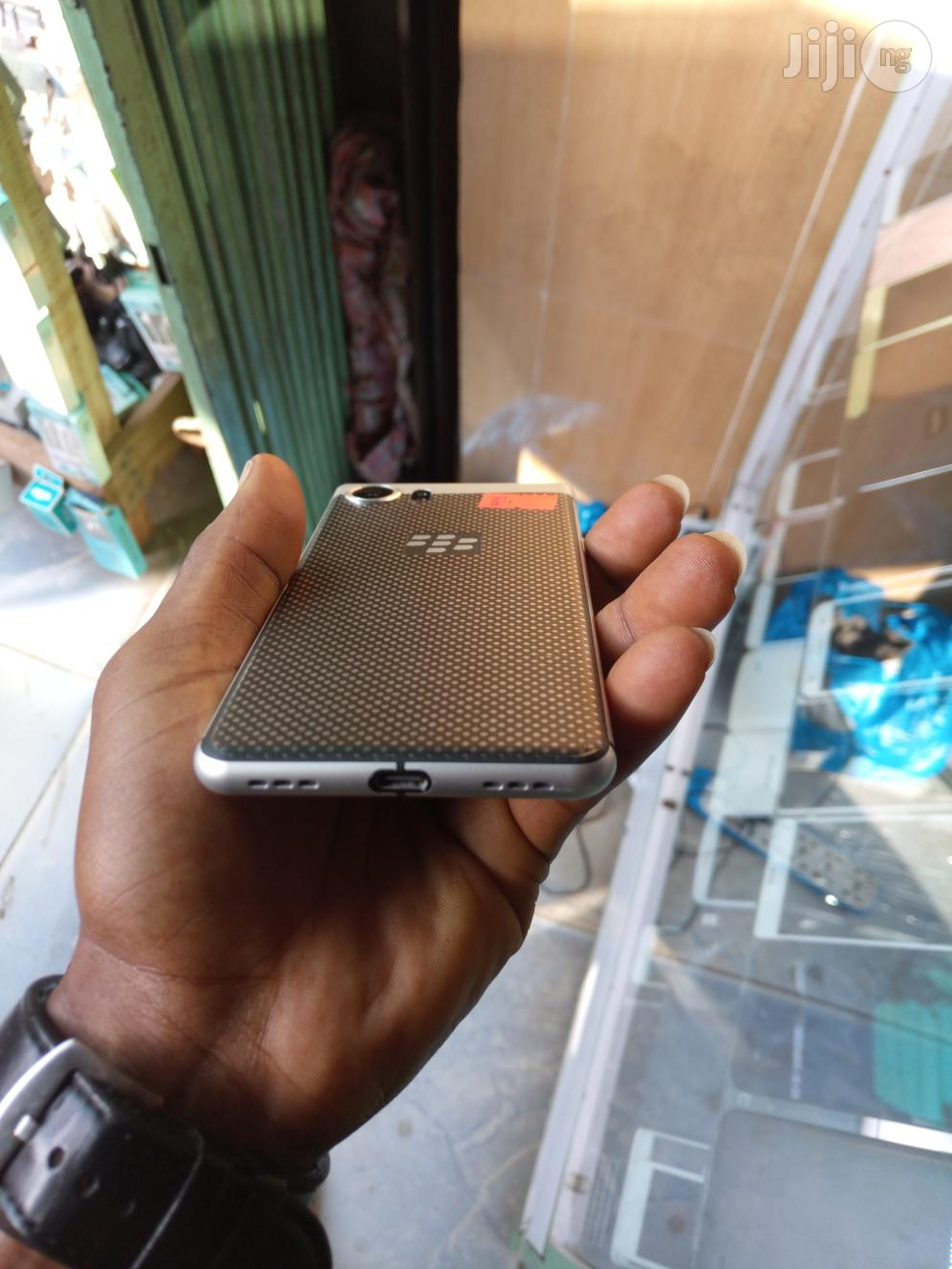 BlackBerry KEYone 32 GB Black | Mobile Phones for sale in Ikeja, Lagos State, Nigeria