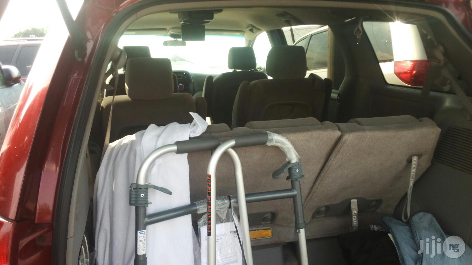 Toyota Sienna 2004 Red | Cars for sale in Apapa, Lagos State, Nigeria
