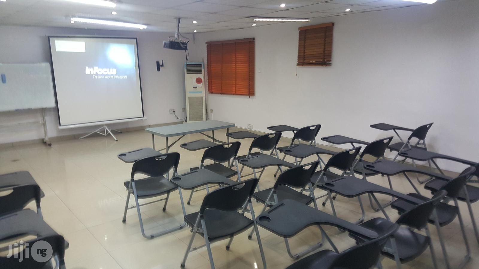 Training Hall For Rent. | Event centres, Venues and Workstations for sale in Surulere, Lagos State, Nigeria