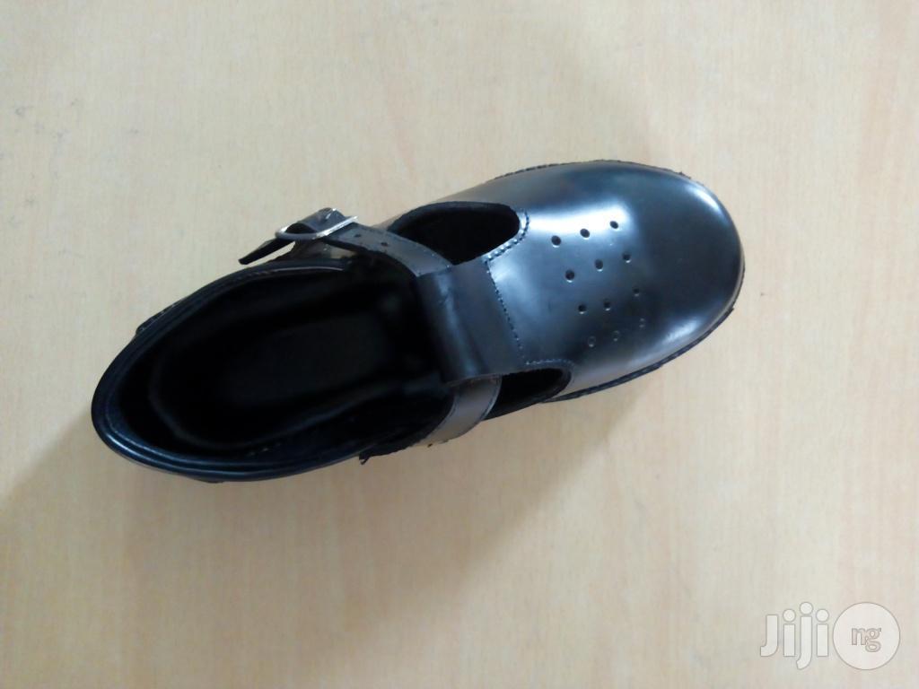Various Designs Cortina Secondary School Footwear Bulk Sales