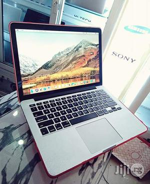 """Apple Mac Book Pro Retina Display 13.3"""" 256GB SSD Core I5 8GB RAM 