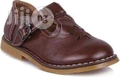 Brown Cortina Shoe For Back To School Available For Supply (Wholesale)