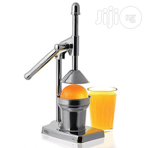 Archive: Master Chef Metal Juicer / Citrus Press