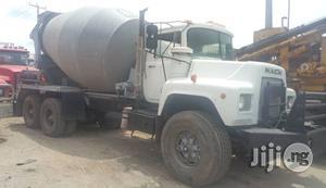Tokunbo Mack Ten Tyres Concrete Mobile Mixer Truck 1991 | Heavy Equipment for sale in Lagos State, Apapa