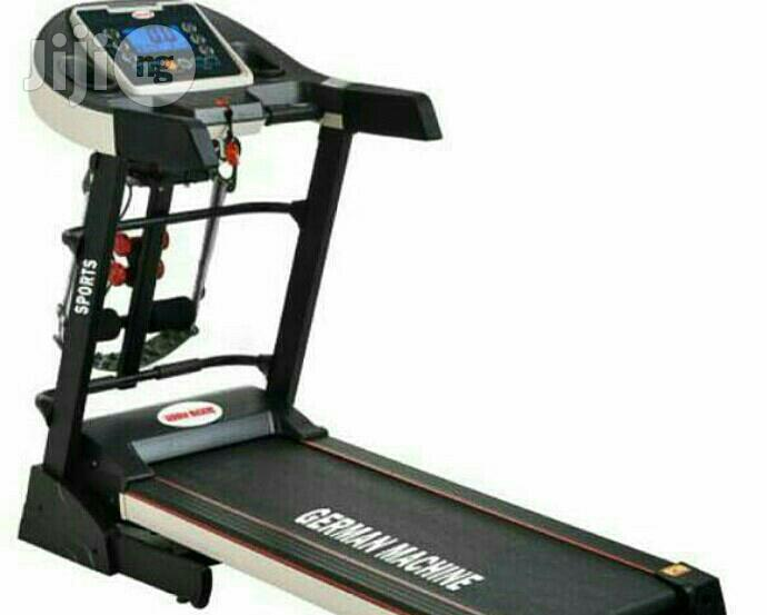Archive: 2.5hp German Treadmill With Massager And Incline