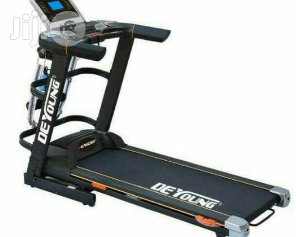 Archive: 2.5hp Treadmill With Incline And Massager