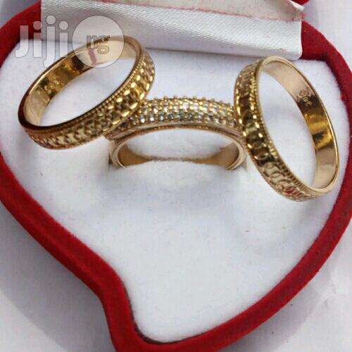 Bruna Gold Wedding Ring