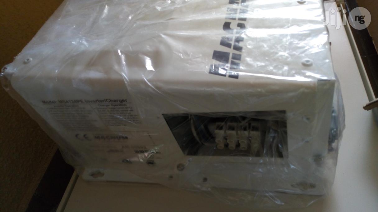 Magnum Energy MS4124PE Inverter