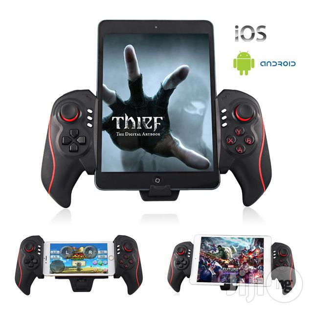 IPEGA Bluetooth Telescopic Game Controller For Phones, Tablets, And PC
