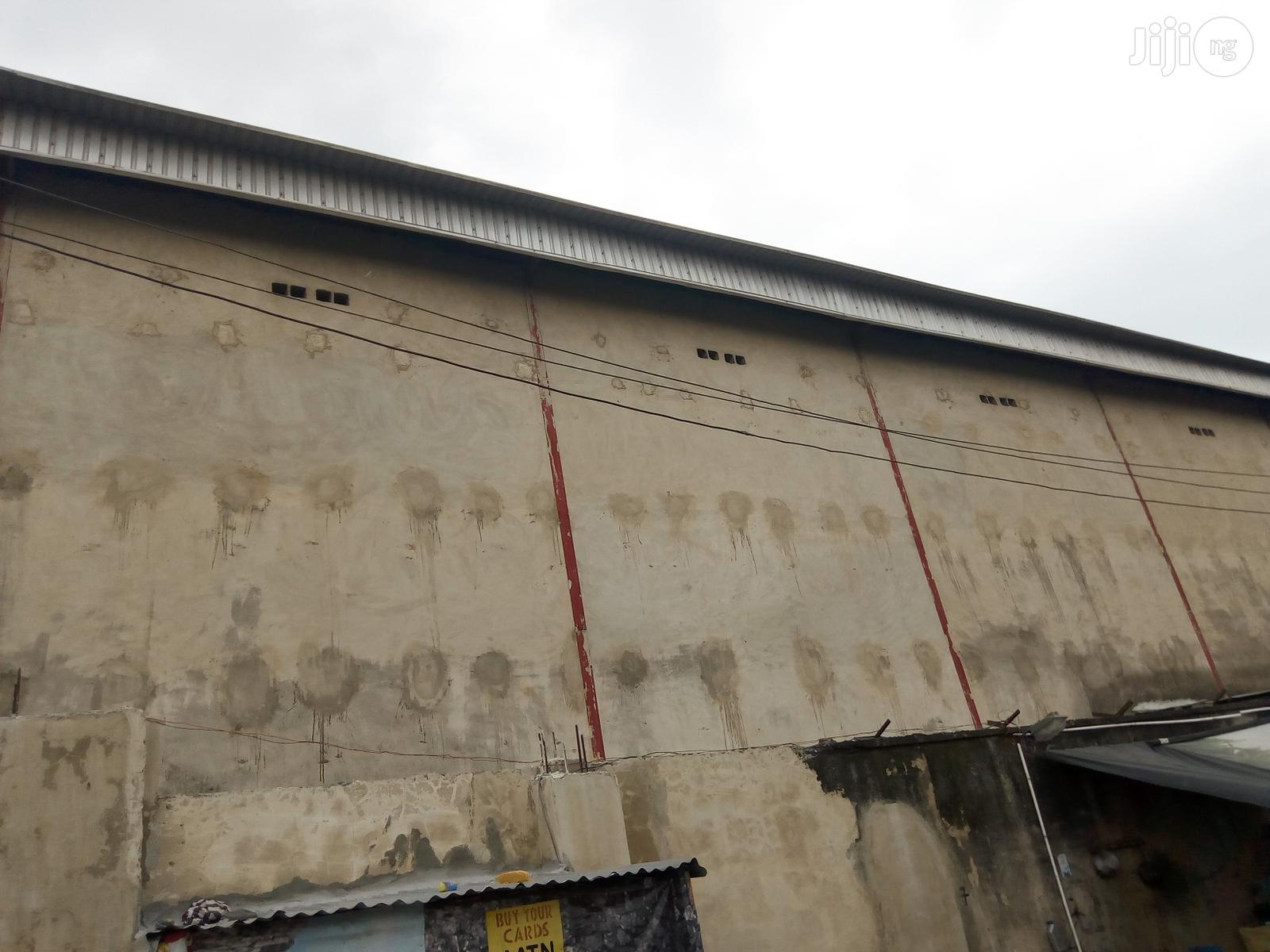 Big & Spacious Warehouse At International Trade Fair For Rent. | Commercial Property For Rent for sale in Amuwo-Odofin, Lagos State, Nigeria