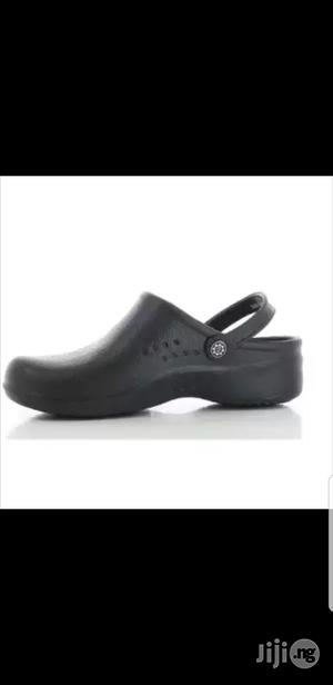 Safety Jogger Anti-slip Work Clog Safety Footwear - Black | Shoes for sale in Lagos State, Lagos Island (Eko)
