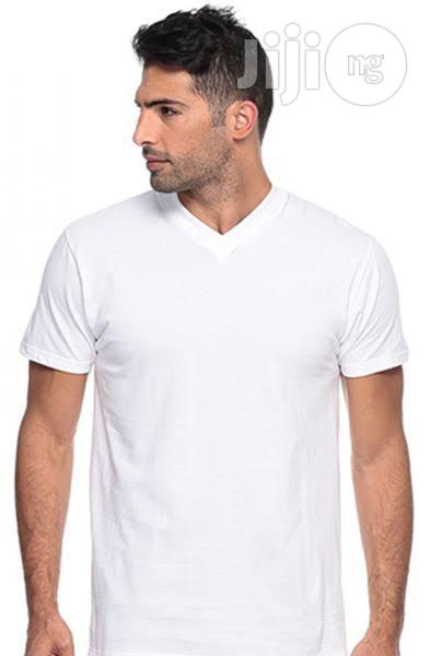 100percent Cotton V-neck Promotional Tee Shirt (Wholesale)