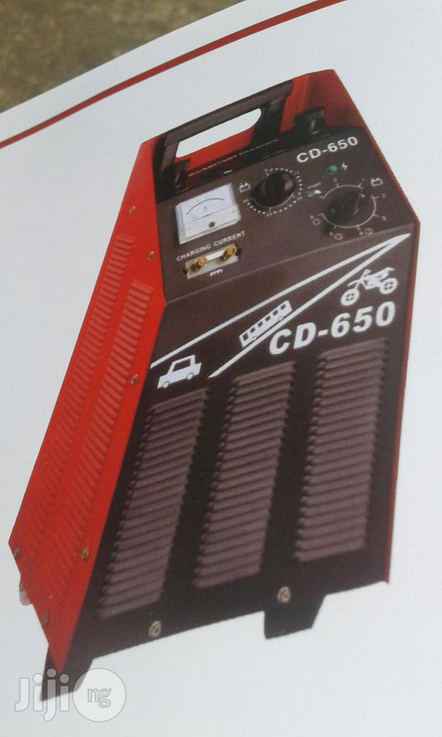 Battery Charger 650 Amps