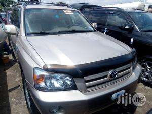 Toyota Highlander 2006 Limited V6 4x4 Gold | Cars for sale in Lagos State, Apapa