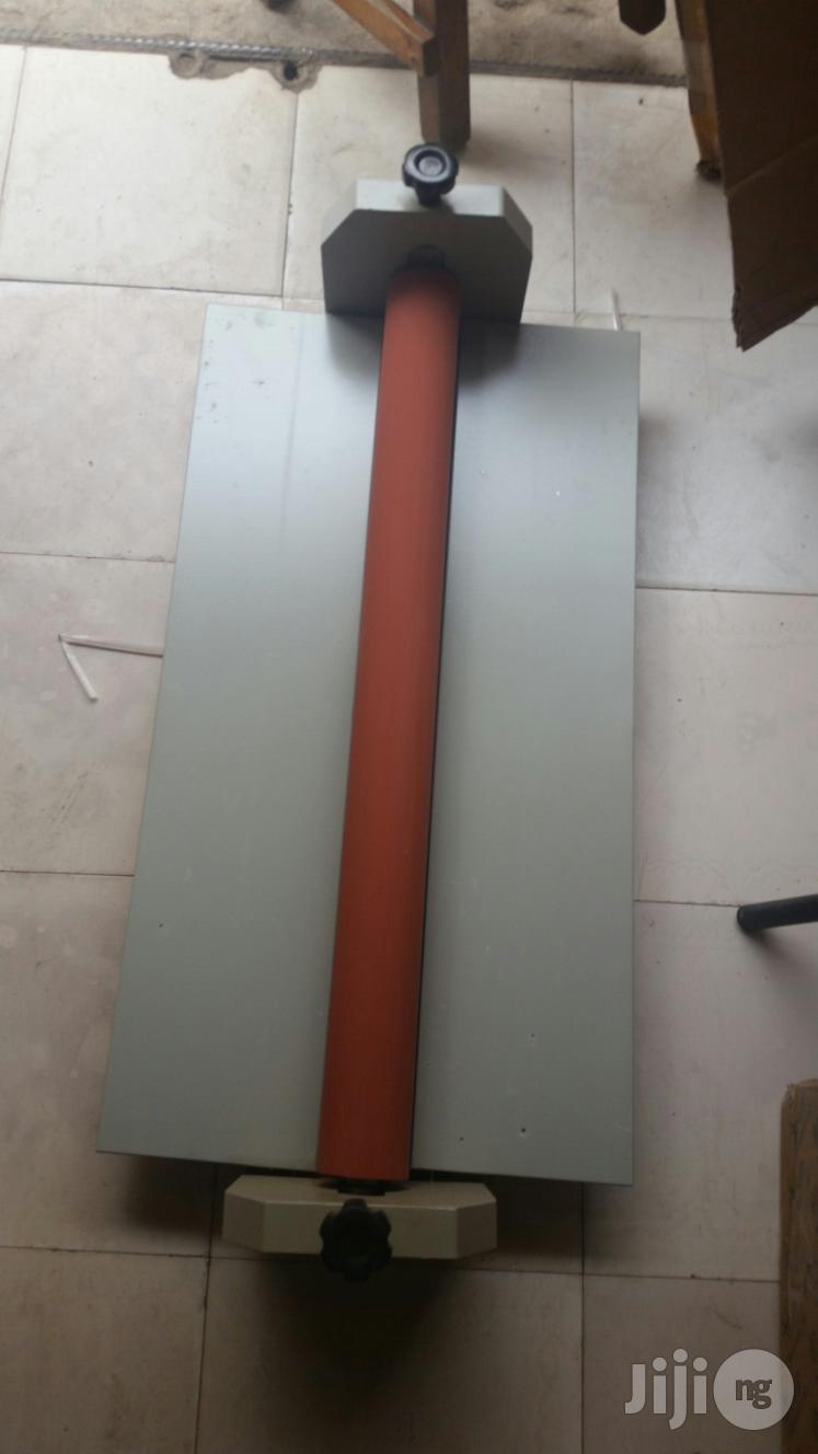 Laminating Machine 750mm / 30 Inches