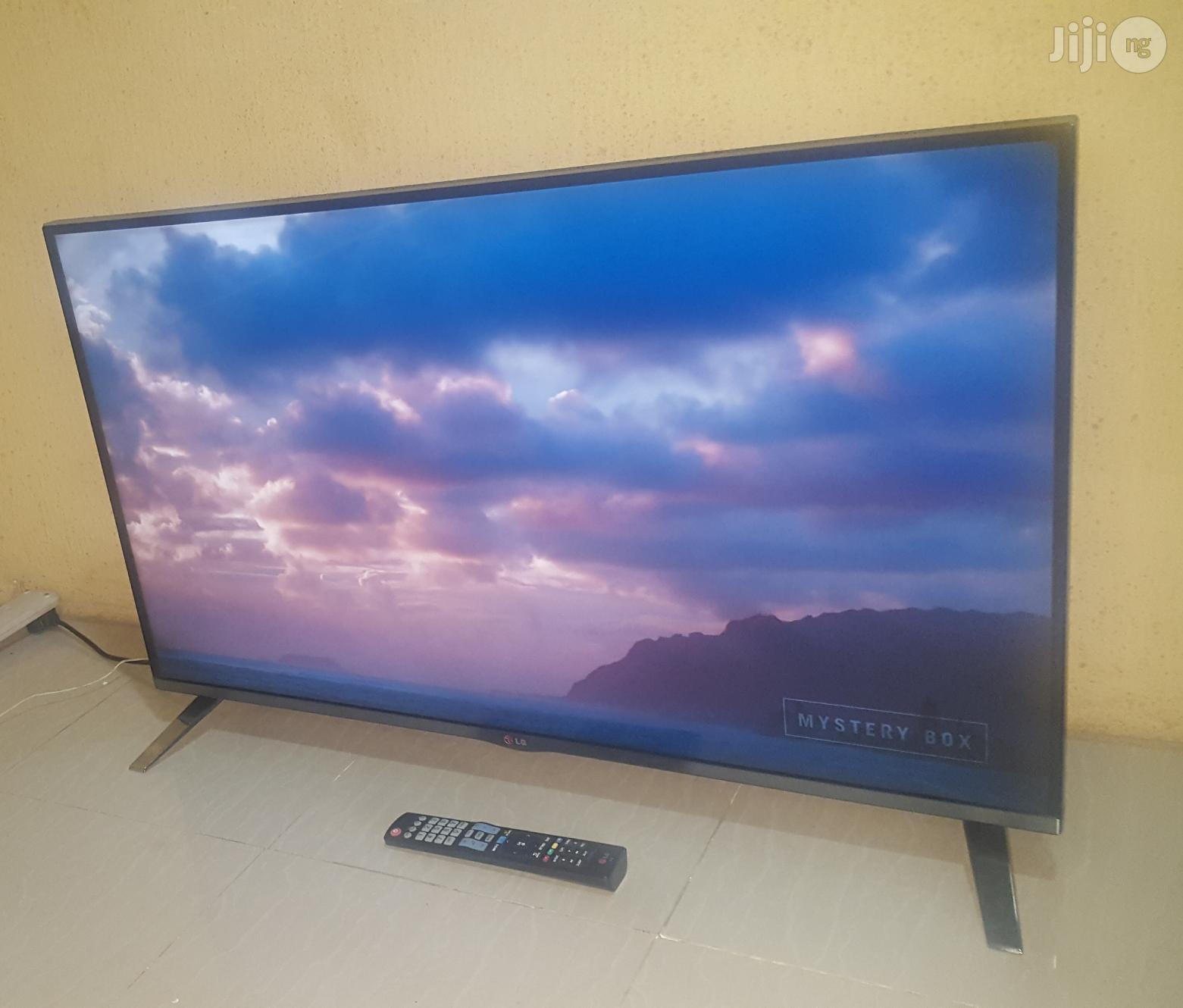 """LG 42"""" Smart TV With Wi-Fi Miracast Apps Like Netflix Etc   TV & DVD Equipment for sale in Alimosho, Lagos State, Nigeria"""