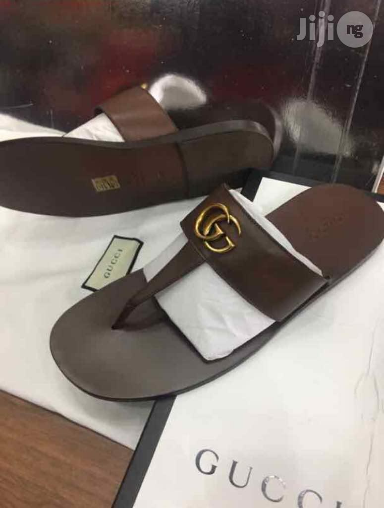 Gucci Leather Thong Sandal With DoubleG (Brown)   Shoes for sale in Lekki, Lagos State, Nigeria