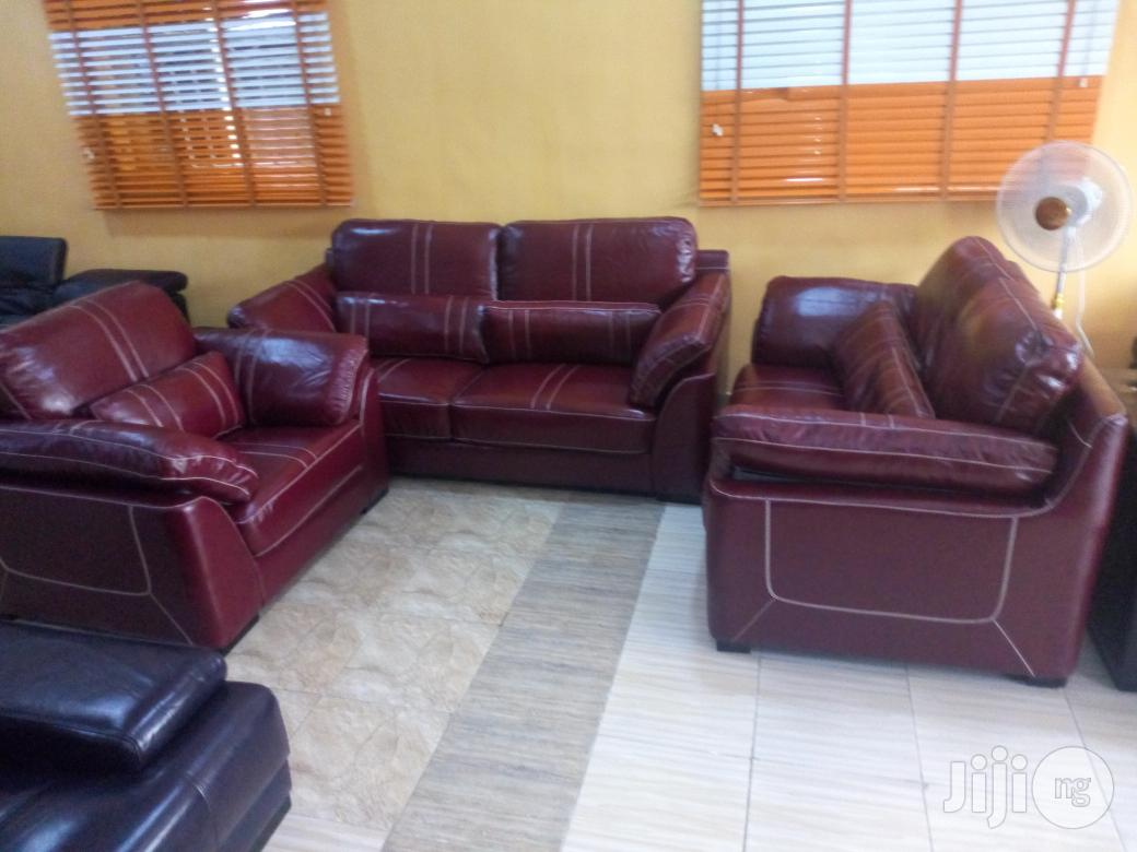 Archive: Quality Italian Leather Living Room Sofa Chair Seven Seater
