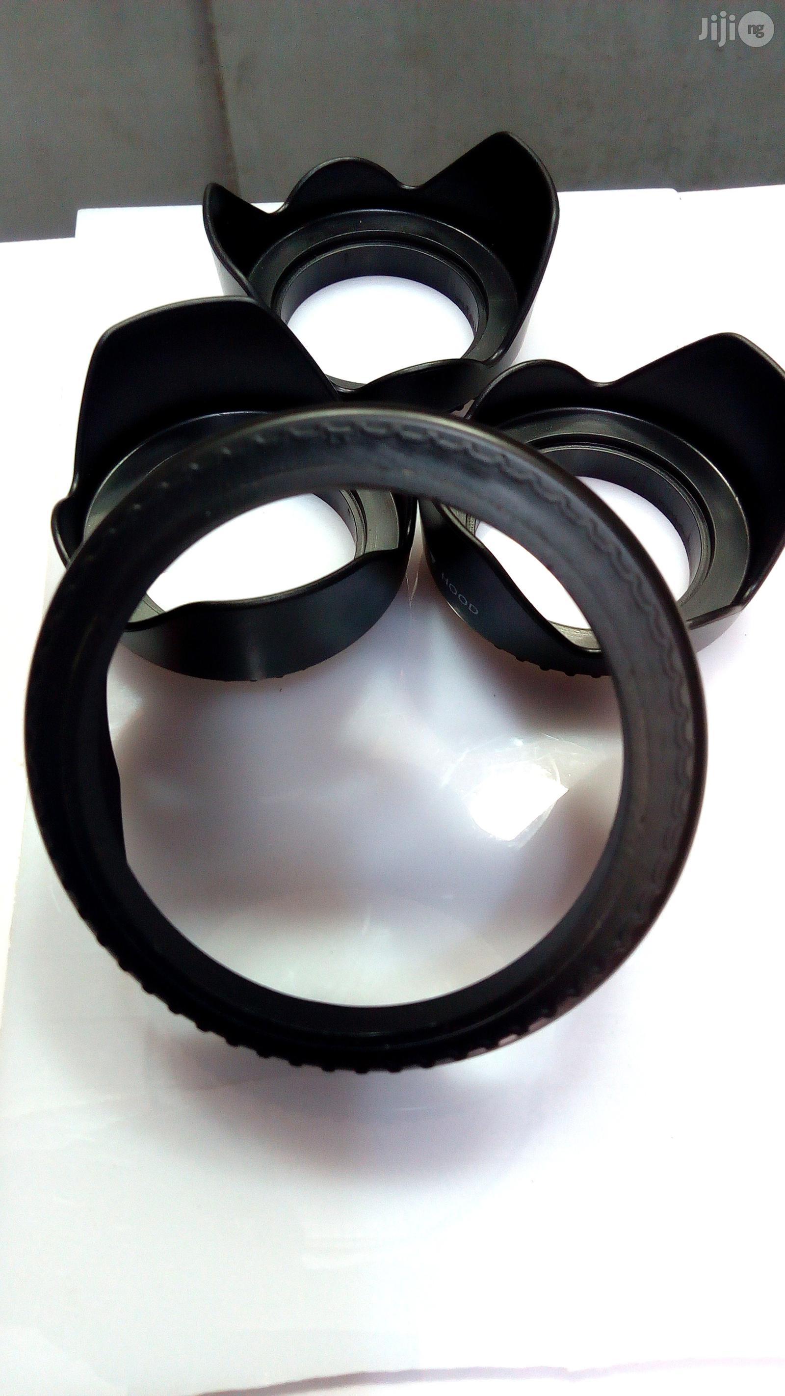 Hot Universal Digital Camera Black Flower Shape Lens Hood