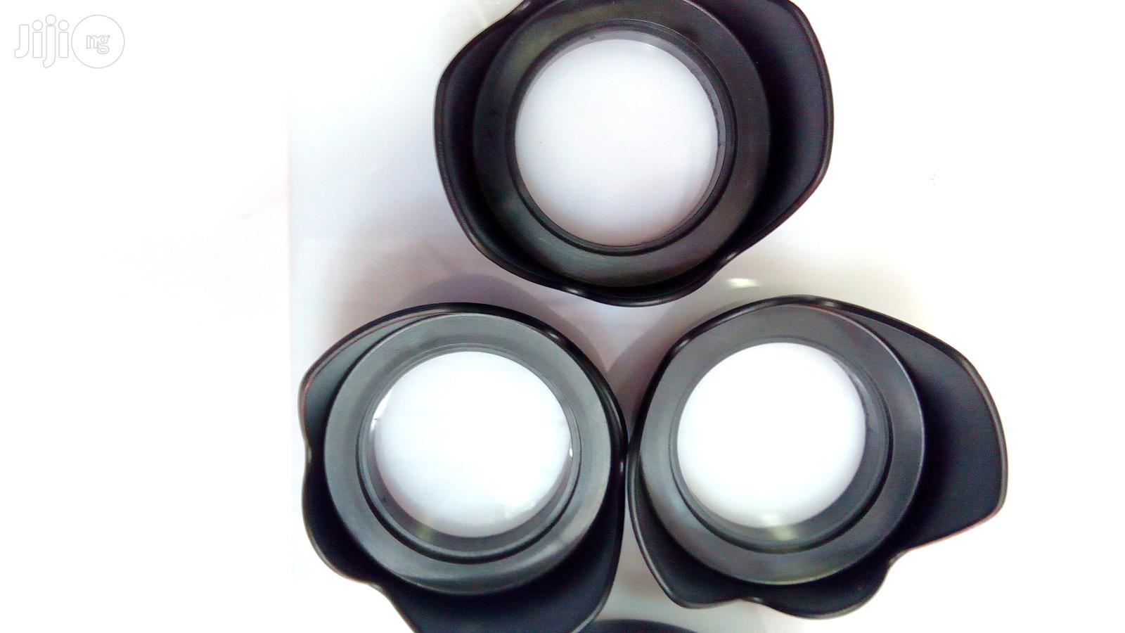 Hot Universal Digital Camera Black Flower Shape Lens Hood | Accessories & Supplies for Electronics for sale in Lagos Island (Eko), Lagos State, Nigeria