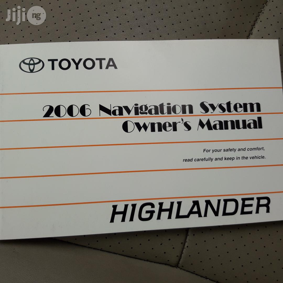 Toyota Highlander Hybrid 4x4 2006 Blue | Cars for sale in Lagos State, Nigeria