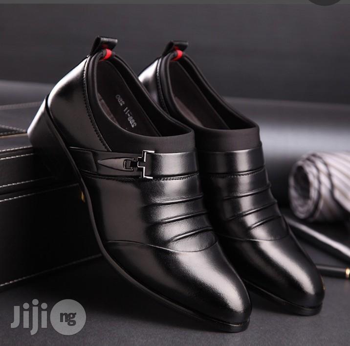 Corporate Leather Shoe For Unique Men