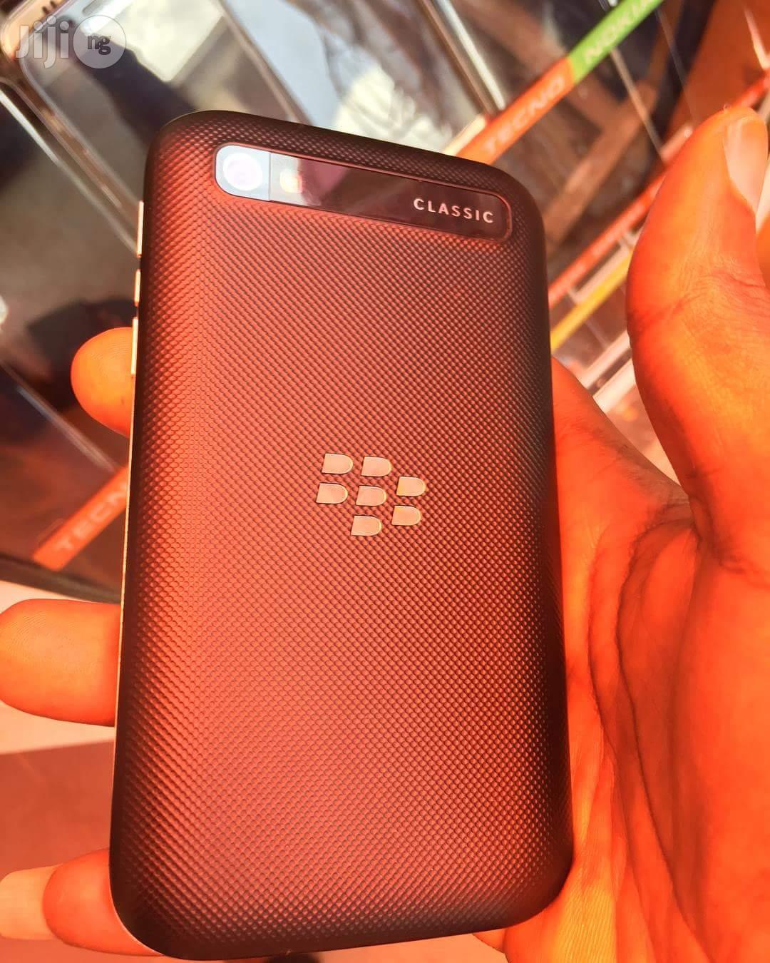 Blackberry Classic Black 16GB | Mobile Phones for sale in Ikeja, Lagos State, Nigeria