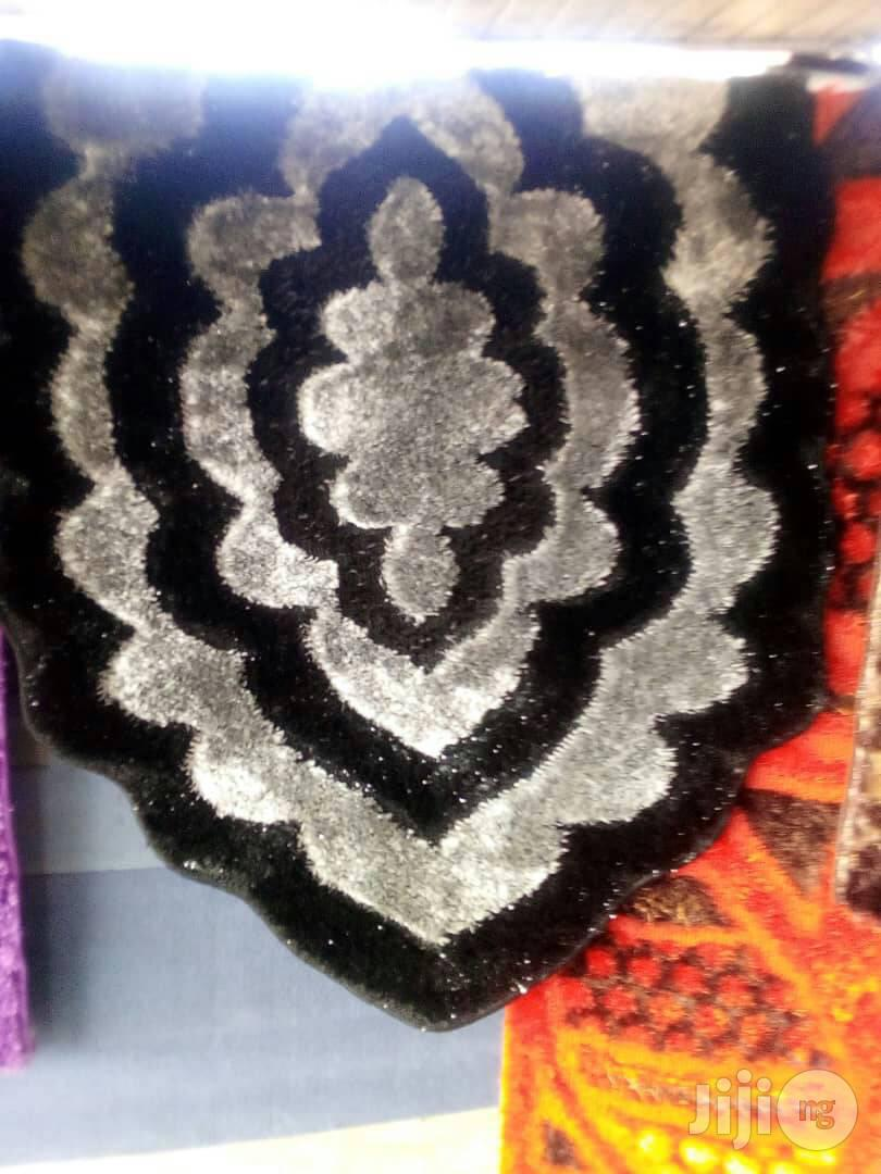Archive: Unique Strong 5 By 7 Turkey Shaggy Center Rug Brand New