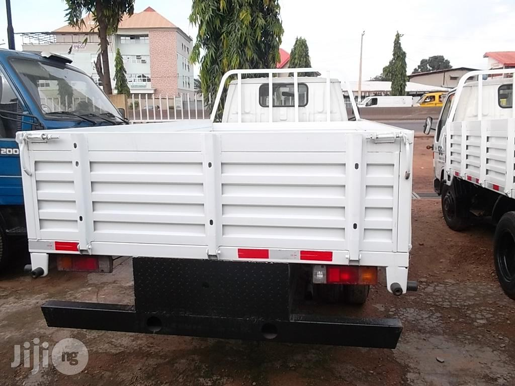 Toyota Dyna 2000 White | Trucks & Trailers for sale in Ikeja, Lagos State, Nigeria